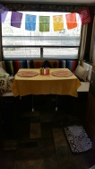 camper-dining