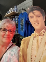 Why, hello, Elvis!